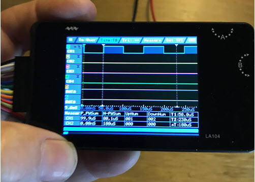 LA104 Logic Analyzer